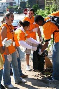 Students-Volunteering-web